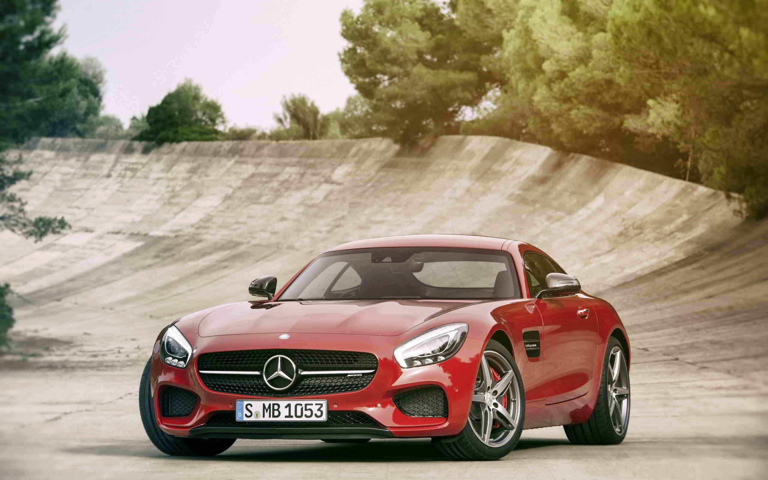 Red Mercedes Amg Gt 4 Wallpaper