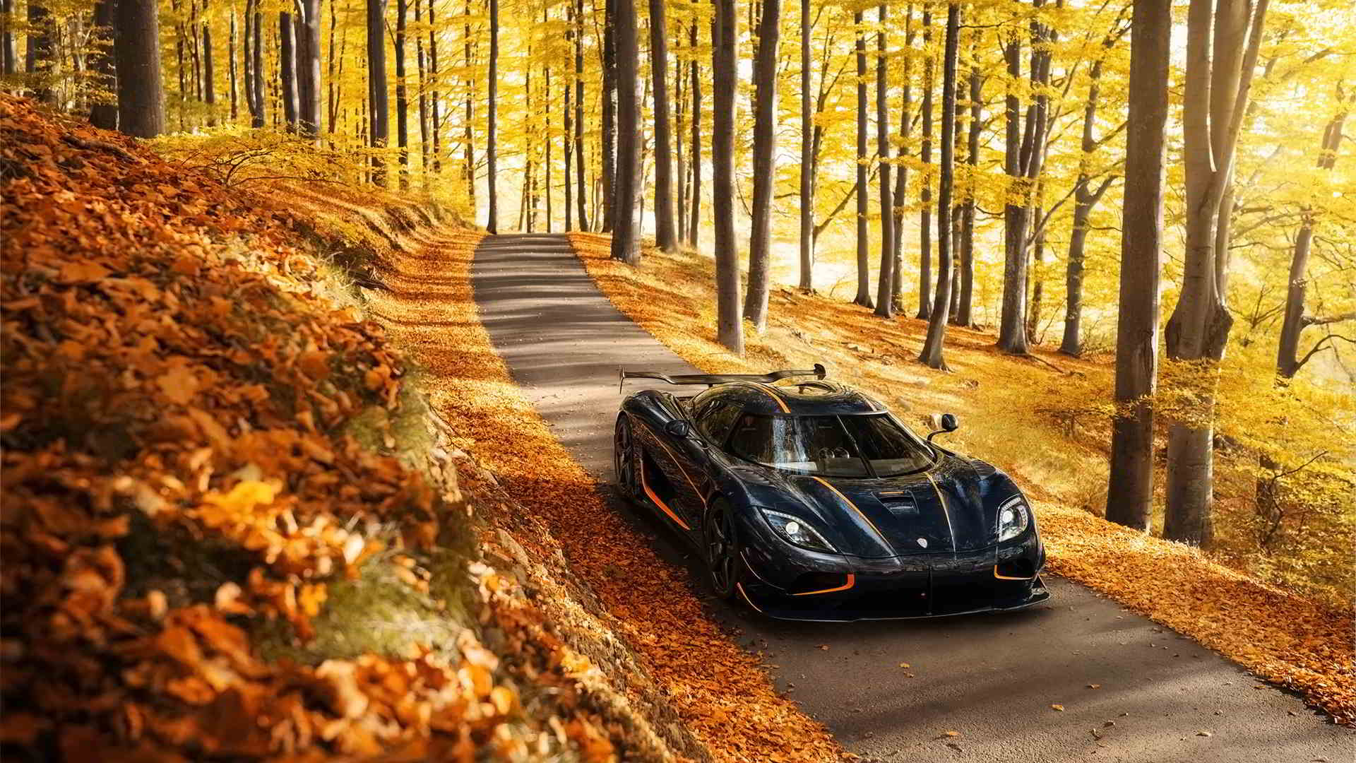 black and orange koenigsegg agera rs wallpaper