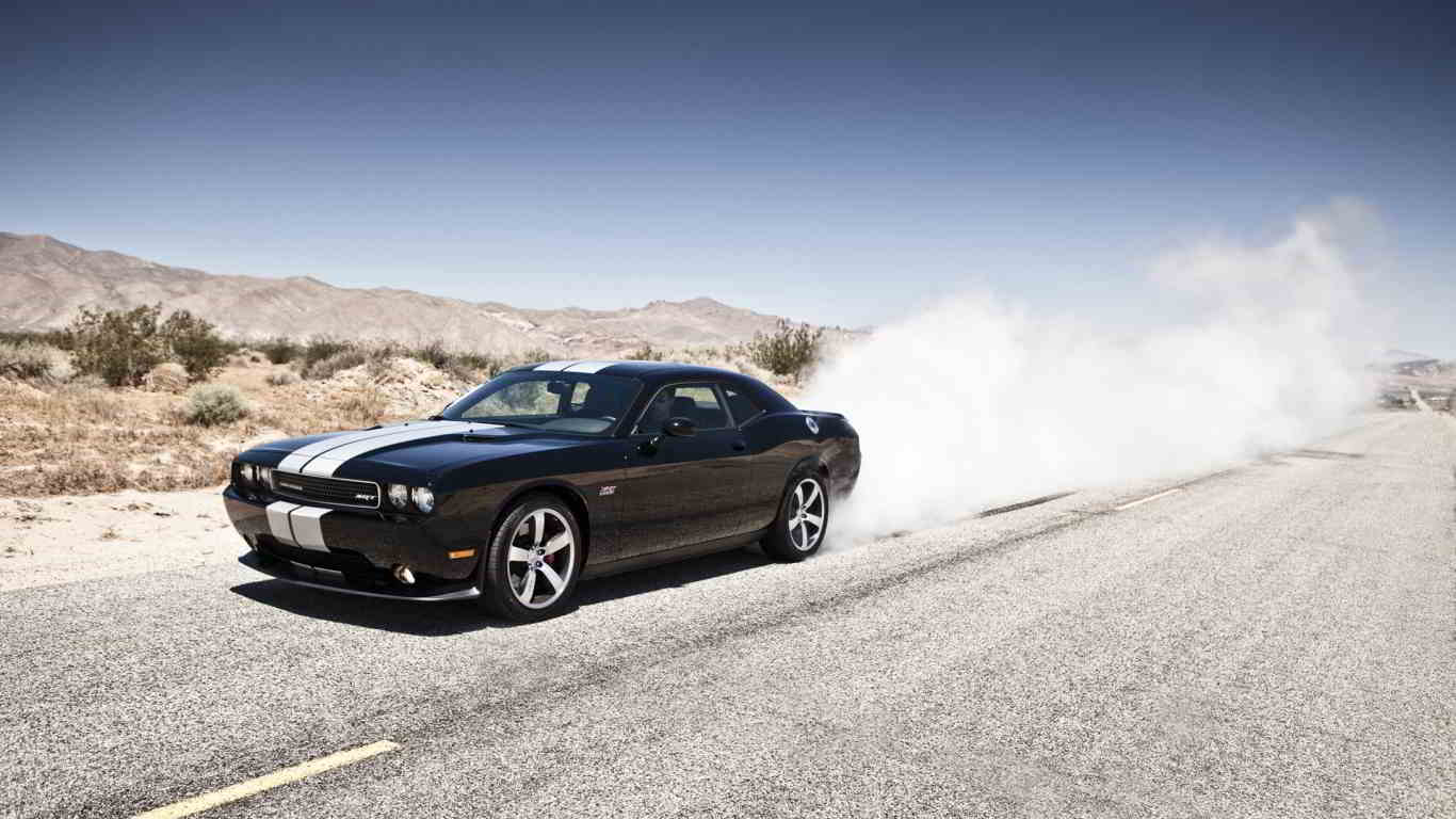 dodge challenger srt8 burout wallpaper